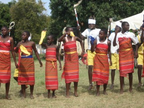 Traditional dancing on HS School open day